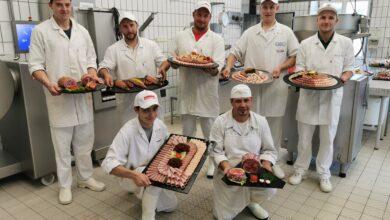Alle sieben Gesellen haben ihre Fleischermeisterprüfung mit Erfolg bestanden. Sehr erfreulich: Die Teilnehmerzahlen in Tirol sind und bleiben stabil. (© Barbara Egger)