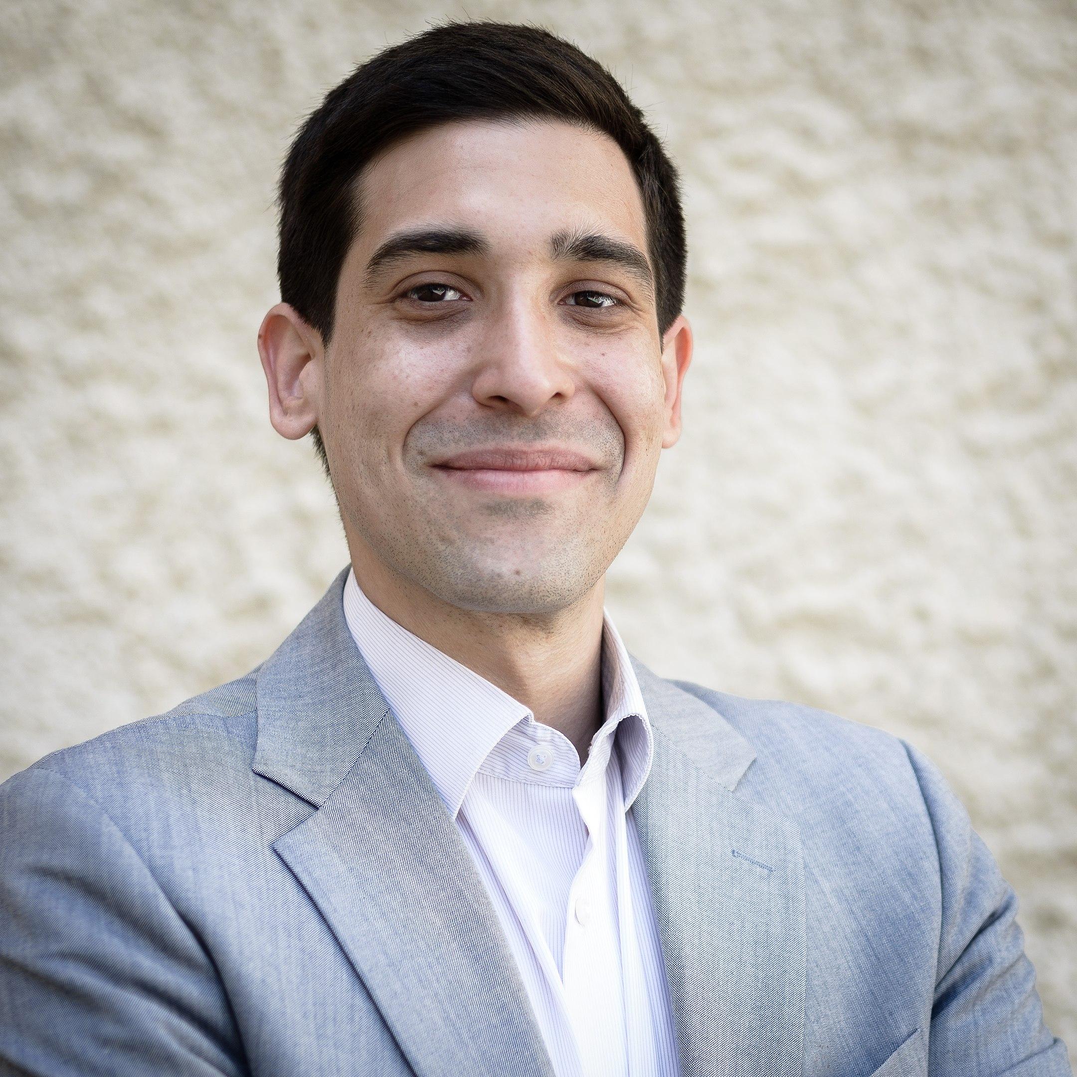 Dr. Sebastian Bohrn Mena, Initiator des überparteilichen Tierschutzvolksbegehrens (© Sascha Osaka)