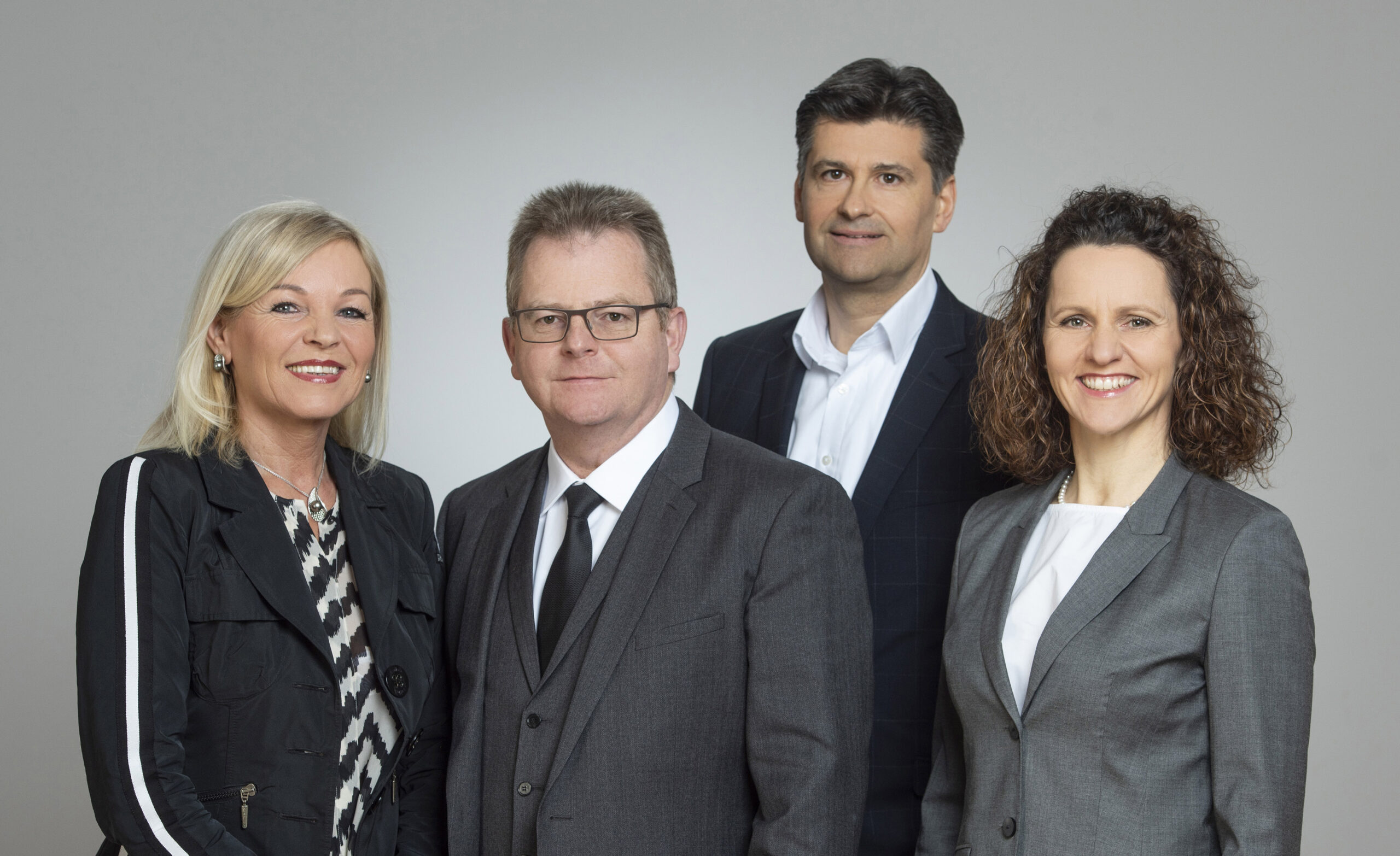 Das Führungsteam der Hochreiter Lebensmittelgruppe: v.l.n.r.: Petra und Wolfgang Hochreiter, Peter Weidinger, Sigrid Populorum.